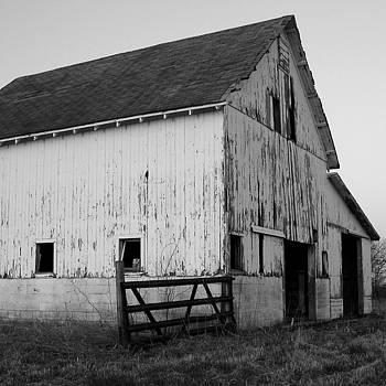 Black and White Barn 3 by Michelle Hastings