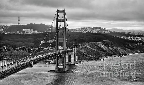 Chuck Kuhn - Black Golden Gate Bridge SF
