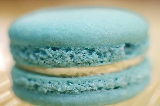 Blueberry Vanilla Macaroon by The Art Of Marilyn Ridoutt-Greene