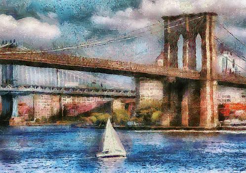 Mike Savad - Boat - NY - Sailing under the Brooklyn Bridge