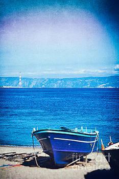 Silvia Ganora - Boat on Messina strait, Italy