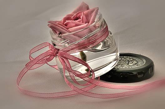 Botteld Beauty  by Sandra Rossouw