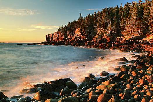 Boulder Beach Seascape, Acadia National Park by Roupen  Baker