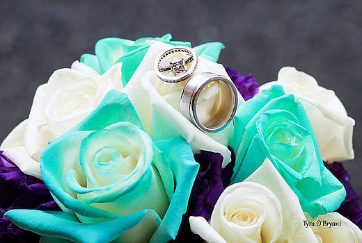 Bouquet And wedding Rings by Tyra OBryant