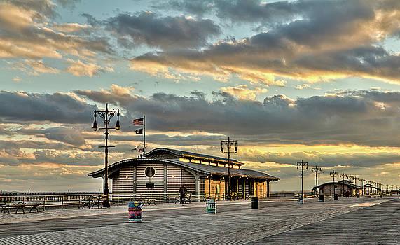 Brighton Beach no. 1 by Andrey Kopot