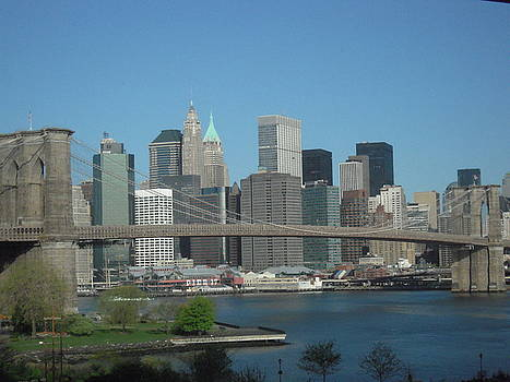 Brooklyn Bridge by Day by Susan Gauthier