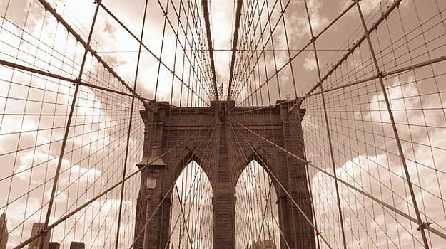 Brooklyn Bridge by Peter Aiello