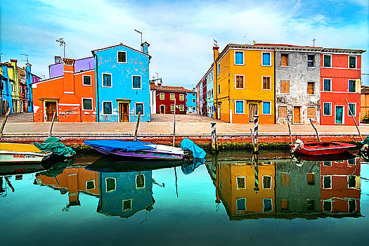 Burano colors by Ivan Vukelic