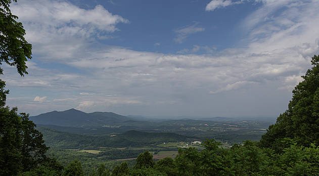Cahas Mountain View by Teresa Mucha