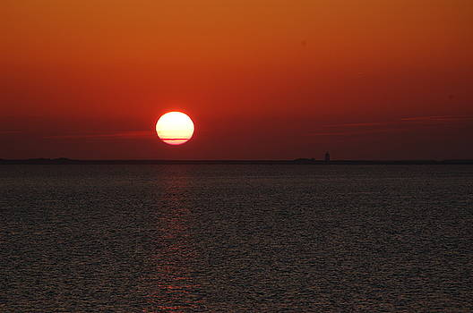 Cape Cod Bay Sunset by Shaileen Landsberg