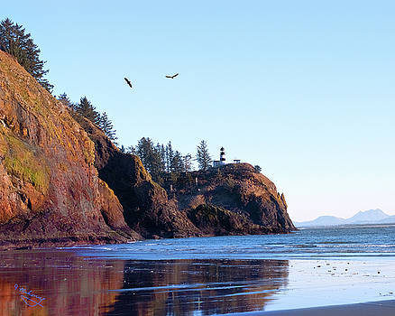Jeanette Mahoney - Cape Disappointment Lighthouse