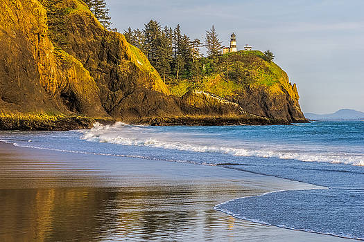 Cape Disappointment Lighthouse by Ken Stanback