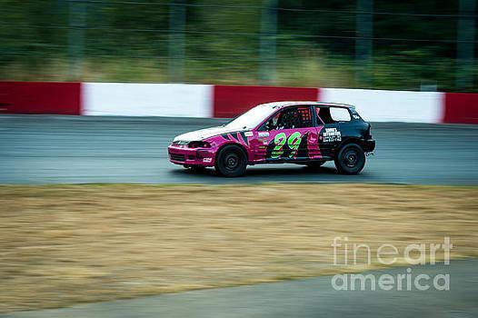 Car lead this heat by Wayne Wilton