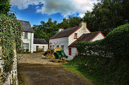 Cartwheel Cottages by Kim Shatwell-Irishphotographer