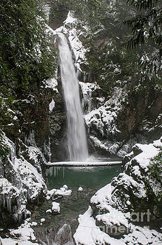 Rod Wiens - Cascade Falls in the Snow