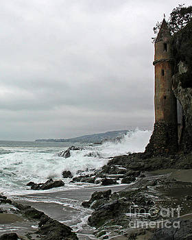 Castle Laguna Beach  by Cheryl Del Toro