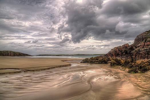 Ceannabeinne Beach by Derek Beattie
