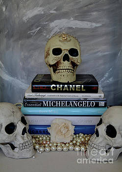 Chanel and Friends by To-Tam Gerwe
