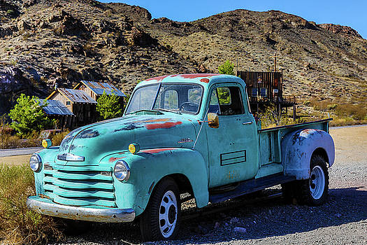 Chevrolet 3800 by James Marvin Phelps