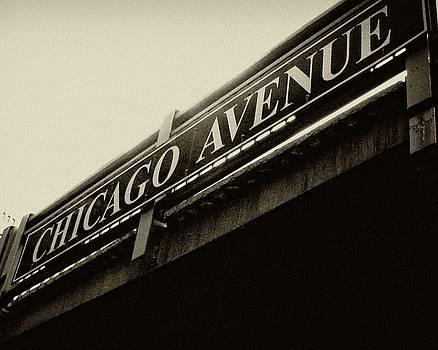 TONY GRIDER - CHICAGO AVENUE IN SEPIA