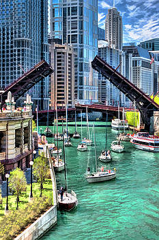 Christopher Arndt - Chicago River Boat Migration
