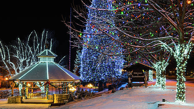Christmas in Leavenworth by Dan Mihai