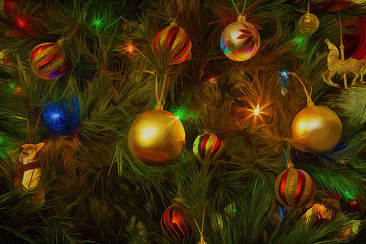 Christmas tree. by Lyn Darlington