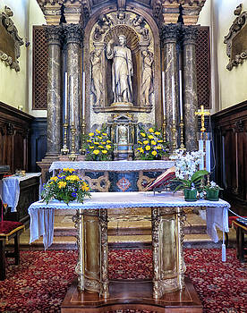 Church Alter In Venice by Dave Mills