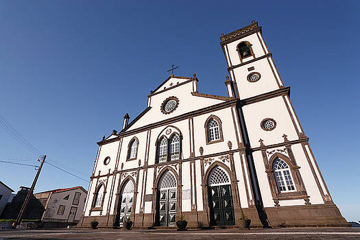 Gaspar Avila - Church in Azores islands