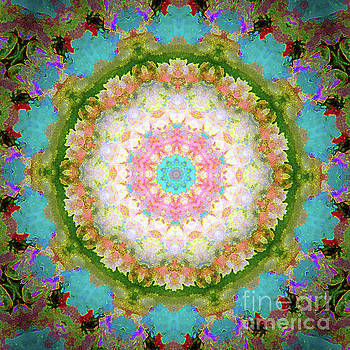 Circular Beauty by Shirley Moravec