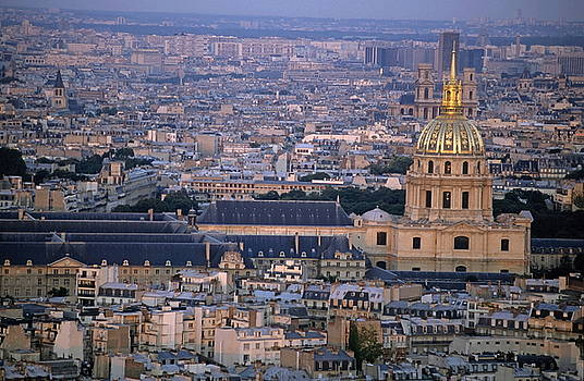 Sami Sarkis - City buildings at sunset as seen from the Arc de Triomphe  including Les Invalides
