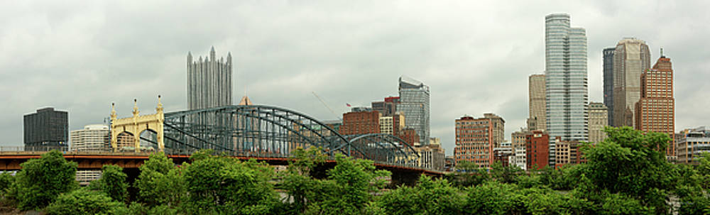 Mike Savad - City - Pittsburgh PA - The grand city of Pittsburg