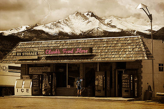 James BO  Insogna - Clarks Old General Store