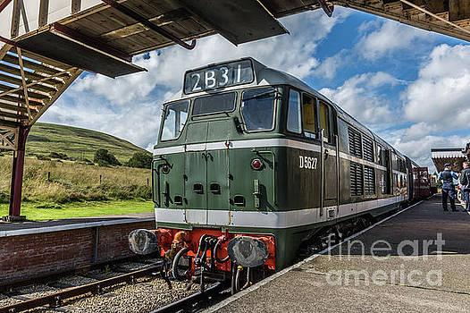 Class 31 Diesel 3 by Steve Purnell