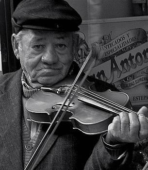 Classic Violinist by Hugh Peralta