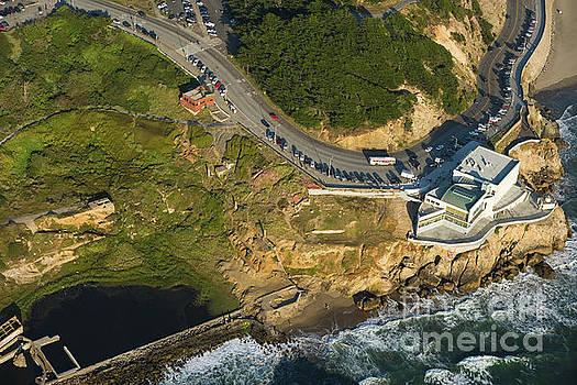 Cliff House by Juan Silva