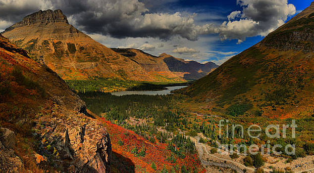 Adam Jewell - Clouds And Colors In Swiftcurent Valley