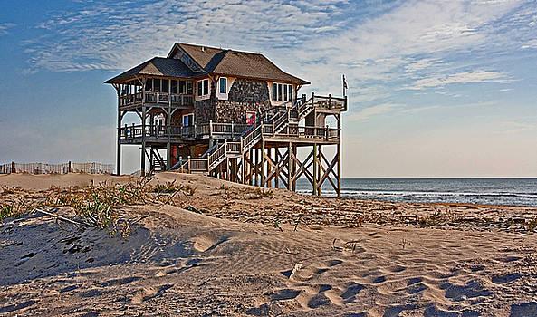 Coastal Solitude by Suzanne Stout