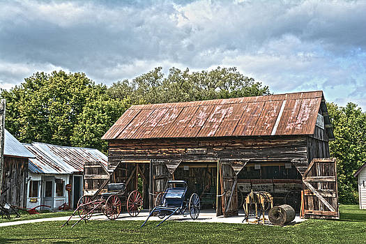 Judy Hall-Folde - Coldwater Vintage Carriage House