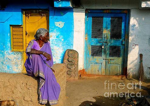 Colorful Lady by Michal Luzzatto