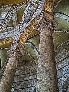 Diana Haronis - Columns
