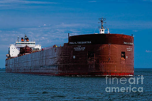 Coming into Duluth Port by Gary Rieks