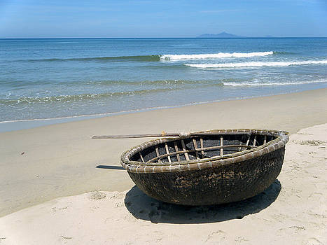 Coracle on Danang Beach by Steven Scott