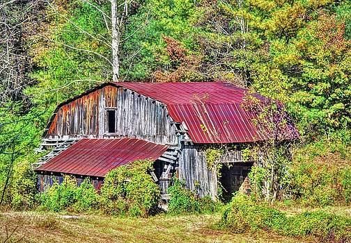 Corolina Barn by Savannah Gibbs