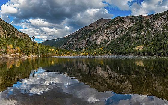 Cottonwood Lake by Darren White