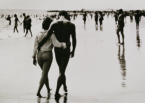 Nat Herz - Couple Walking in the Water at Coney Island