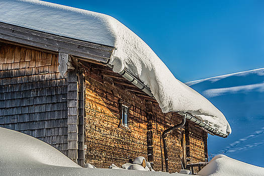 Covered Cabin by Enrico Ackermann