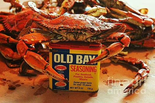 Paulette Thomas - Crabs And Old Bay