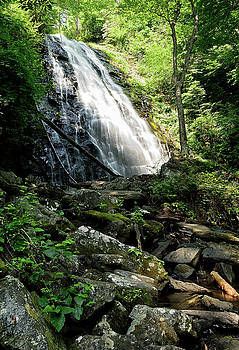 Crabtree Falls by Jamie Pattison