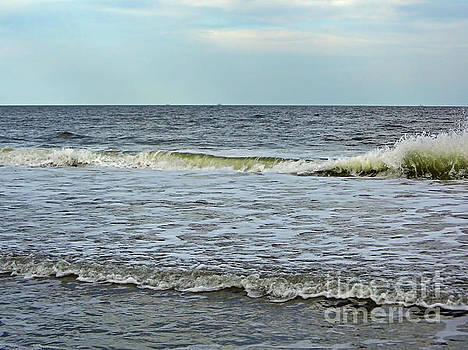 Crashing Waves Of The Atlantic by D Hackett